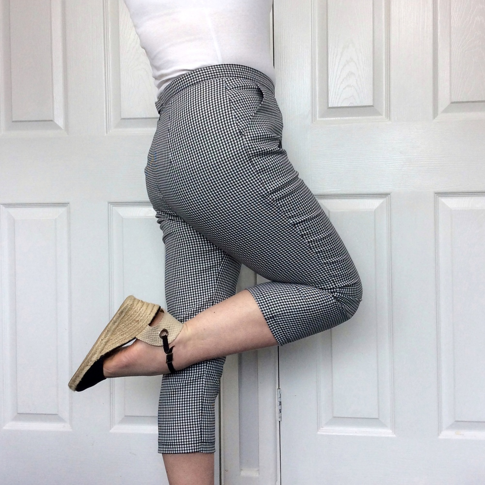 How to fit trousers pants
